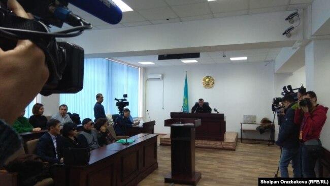 Денис Тен өліміне қатысты сот тыңдауы. Алматы, 25 желтоқсан 2018 жыл