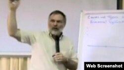 Pastorul fundamentalist Scott Lively