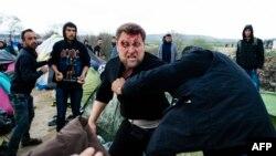 Yunanıstanda suriyalı qaçqınların davası