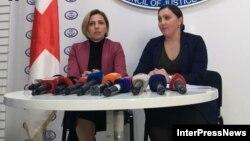 Нази Джанезашвили и Анна Долидзе