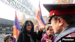 Armenia -- A protest march from Liberty Square to 26 Baghramyan took place, Yerevan, 26Nov2013