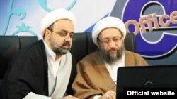 Хамід Шахріарі (ліворуч)