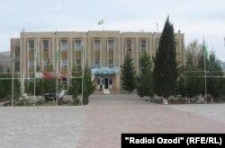 Бинои ҳукумати ноҳияи Қубодидиён.
