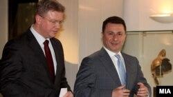 премиерот Никола Груевски и еврокомесарот Штефан Филе.
