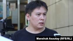 """""""Трибуна"""" газетінің бас редакторы Жанболат Мамай. Алматы, 12 шілде 2016 жыл."""