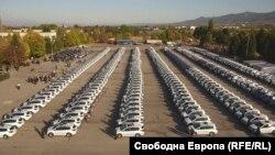 Кадър от освещаването на 341 нови коли на МВР. От тях 290 са китайски Great Wall, за чиято поръчка ОЛАФ обвини България в измама и поиска да върнe на ЕС близо 6 млн. евро безвъзмездна помощ. 7 октомври 2018 г.