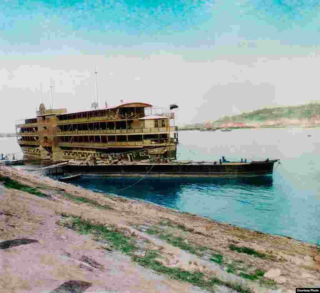 """Нижний Новгород. Плавучий отель."" Франтишек Краткий, 1896."