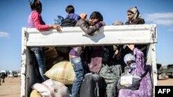 Сириялык күрттөр Түркияга качып баратышат. 30-сентябрь, 2014