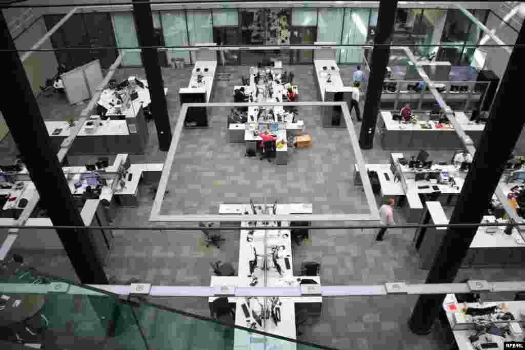 The Central Newsroom from the mezzanine.