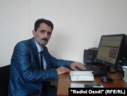 Хилватшоҳи Маҳумуд, хабарнигори тоҷик