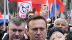 Rus hassahanasy Kreml tankytçysy Nawalnynyň ýatan ýerinden gozgalyp bilinmejekdigini aýtdy