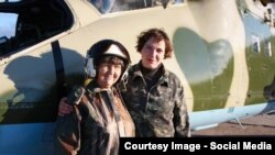 Надія Савченко разом із матір'ю