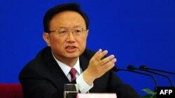 Министерот за надворешни работи на Кина Јанг Џиеши