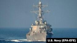 Эсминец ВМС США (архивное фото)