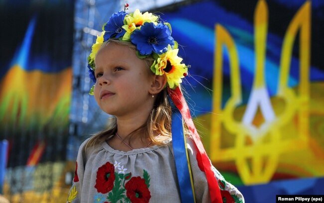 Дівчинка під час відзначення Дня Незалежності України. Київ, 24 серпня 2015 року