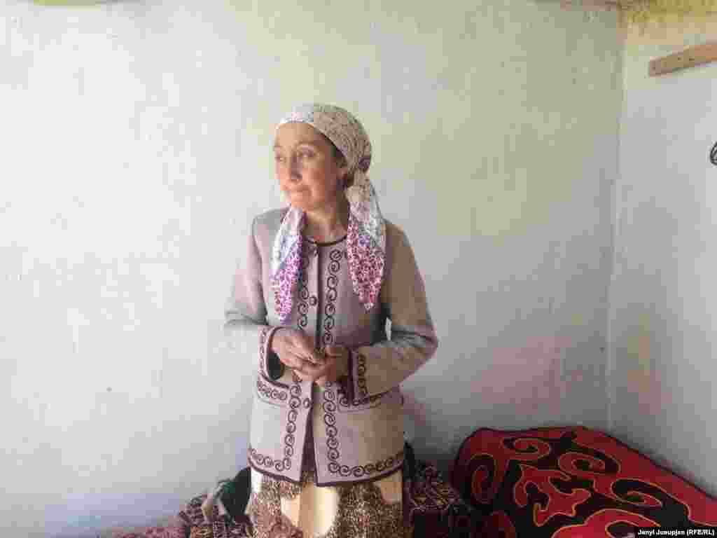 Single mother Aichurok Kochorbaeva keeps her family going by making yak wool carpets for tourists.