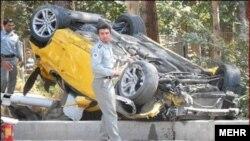 سانحهای در مسابقه اتومبیلرانی در محوطه تخت جمشید که باعث زخمی شدن شدید سه گردشگر شد.