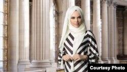 Дизайнер Амина Федоренко представляет одежду собственной марки Muslima Wear.