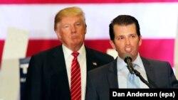 Presidenti Donald Trump me djalin e tij