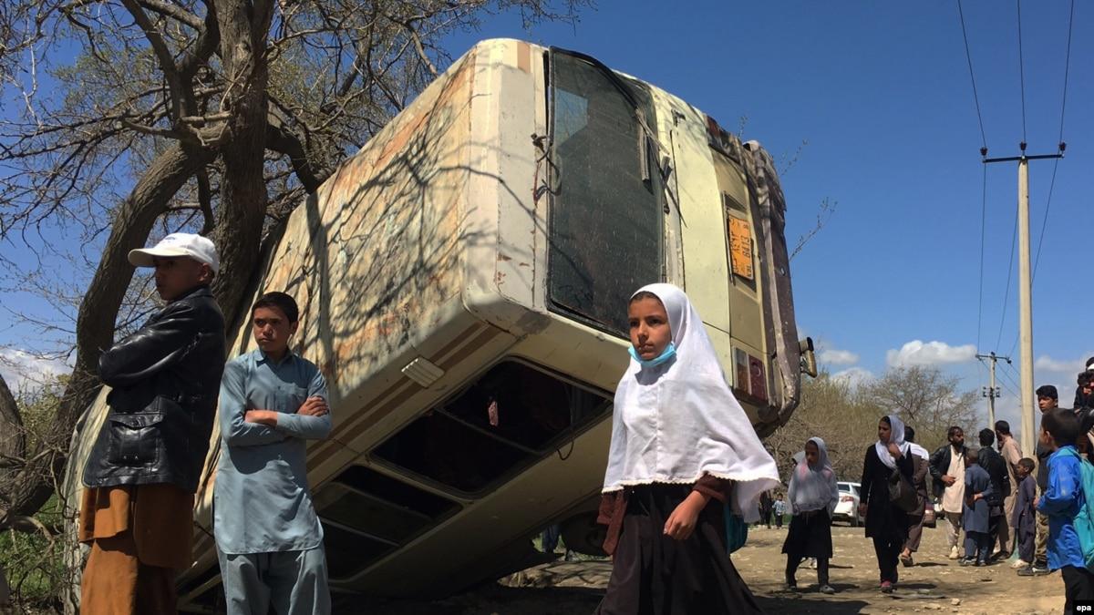 Иран: на маршруте перевозки нелегальных мигрантов в аварии погибли 28 афганцев