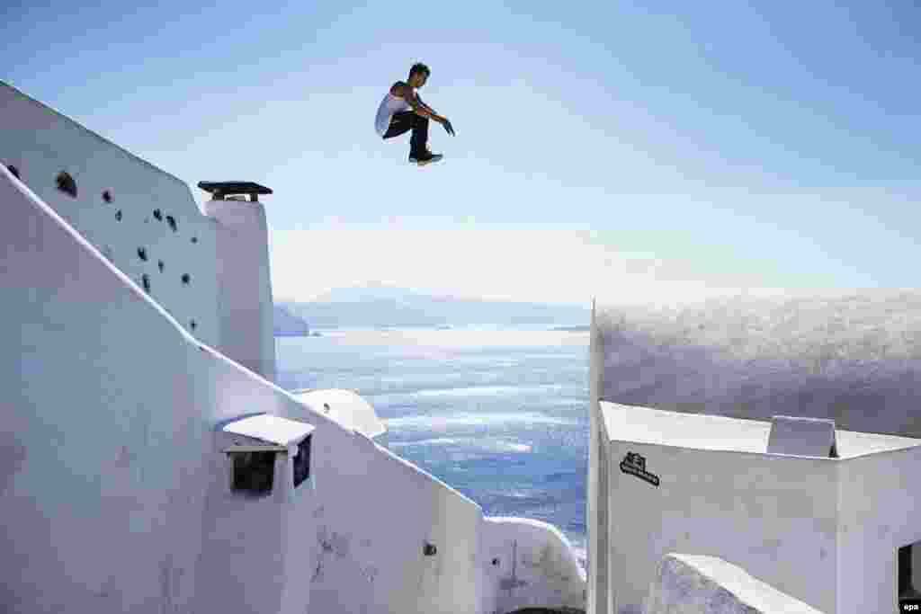 Aleksandr Baiturin of Russia practices for the Red Bull Art of Motion, a free-running event on the Greek island of Santorini. (epa/Samo Vidic)