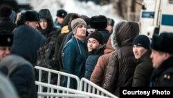 Мигранты В Томске. Архивное фото.