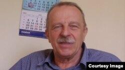 Najviše problema se nalazi u unutarnjoj politici Srbije i Hrvatske: Branko Caratan