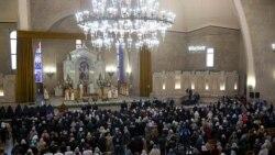 Հայ Առաքելական Սուրբ եկեղեցին այսօր նշում է Հիսուս Քրիստոսի Ծննդյան տոնը