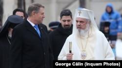 Klaus Iohannis și Patriarhul Daniel, la marcarea a 160 de ani de la Unirea Principatelor din 1859. Imagine din 2019.