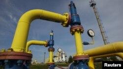 Газові труби на опарівському газовому родовищі у Львівській області, 30 вересня 2014 року