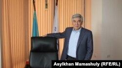Председатель ОСДП Жармахан Туякбай.