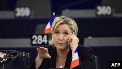 Кандидат в президенты Франции, лидер ультраправых Марин Ле Пен