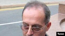 ATƏT-in media azadlığı üzrə xüsusi nümayəndəsi Miklos Haraşti, 9 oktyabr 2006