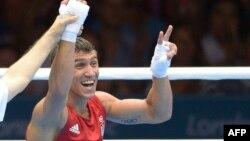 Торік на Олімпіаді в Лондоні Василь Ломаченко впевнено переміг у ваговій категорії до 60 кілограмів