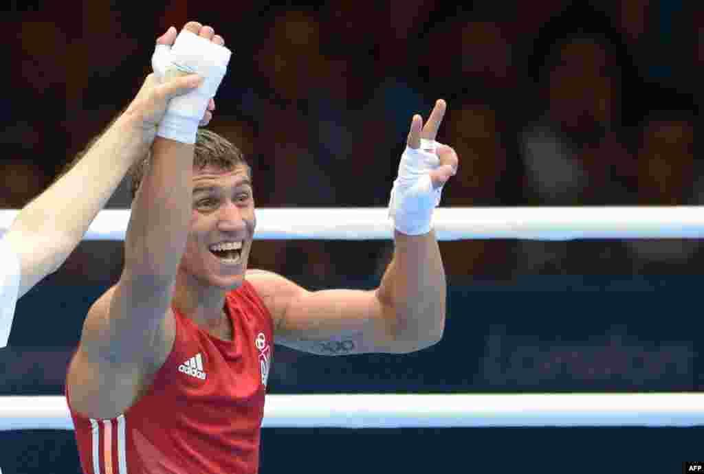 Золото боксера Василя Ломаченка (вагова категорія до 60 кілограмів)