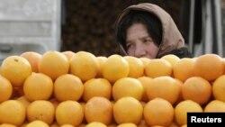 Эксперты напоминают о необходимости помнить, что допуск грузинской продукции на российский рынок был и, возможно, будет инструментом политического давления и спекуляций