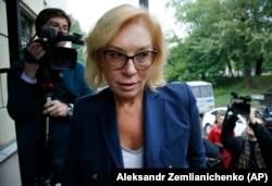 Людмила Денисова во время визита в Москву в 2019 году, ставшего частью процесса подготовки к большому обмену заключенными между двумя странами