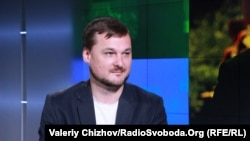Іван Яковина, міжнародний оглядач