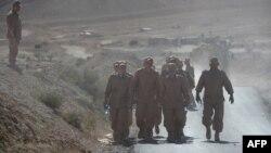 Русия солдатлары Пальмира янындагы хәрби базаларында