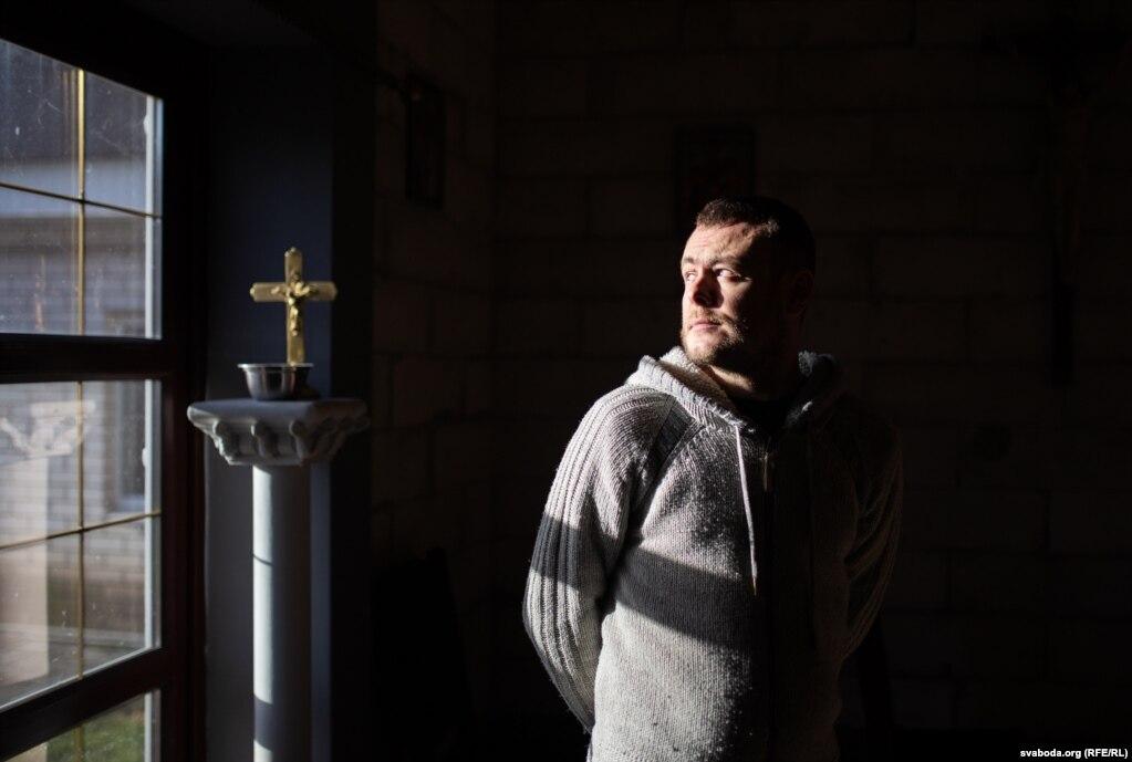 Католическая церковь заявила, что Бондарь, - не священник