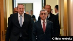 Armenian President Serzh Sarkisian is due to meet with his Georgian counterpart Giorgi Margvelashvili in Tbilisi as well as other officials. (file photo)