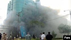 صحنه ای از انفجار در شهر اهواز مرکز استان خوزستان که در سال های اخیر شاهد بمبگذاری های متعددی بوده است.