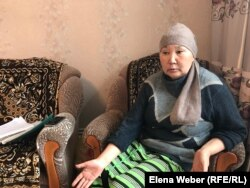 Ескі Жәйрем кентінде тұратын Бибіжан Байсейітова. Қарағанды облысы, 20 мамыр 2019 жыл.