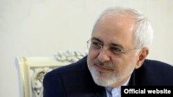 به گفته محمدجواد ظریف، وزیر خارجه ایران، حمله به سفارت عربستان «خیانت تاریخی» بود.