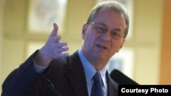 دیوید آلبرایت رئیس مؤسسه علوم و امنیت بینالملل