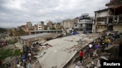 После землетрясения в Непале. Катманду, 25 апреля 2015 года.