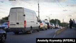 Пробки в Симферополе, архивное фото