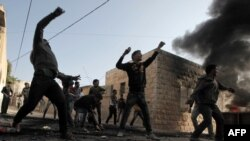 Protestuesit palestinezë duke hedhur gurë kundër forcave të sigurisë izraelite në Xhenin në fillim të këtij viti