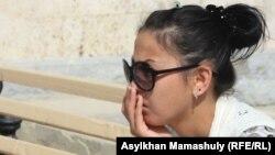 Жәбірленуші Әсем Кенжебаева. Ақтау, 10 мамыр 2012 жыл.