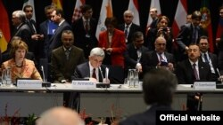Lithuania - Armenian President Serzh Sarkisian attends the EU's Eastern Partnership summit in Vilnius, 29Nov2013.